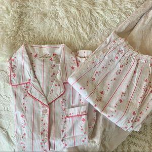 Secret Treasures Vtg. Floral pajama set sz S